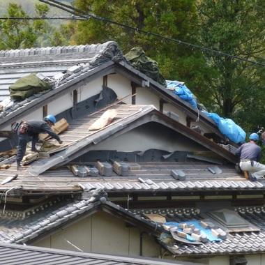 屋根葺き替え工事の施工後写真(1枚目)