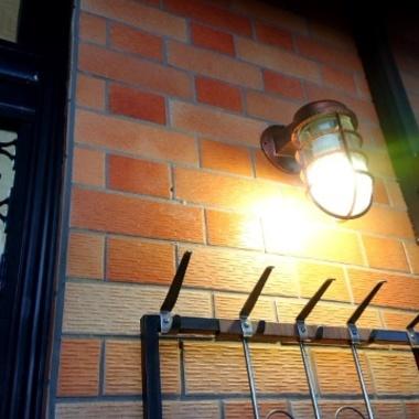 玄関の照明をマリンランプに。の施工後写真(0枚目)