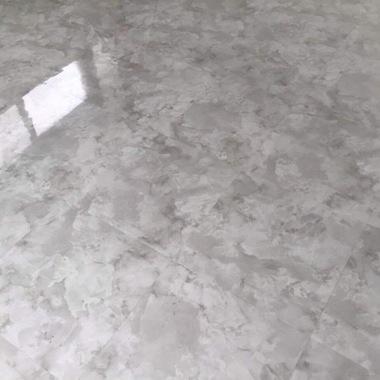 名古屋市 床をフローリングから大理石調のフロアタイルにリフォームの施工後写真(0枚目)