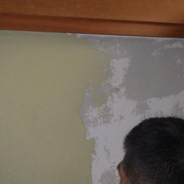 カビの生えた和室の壁を塗り替えました。の施工後写真(1枚目)