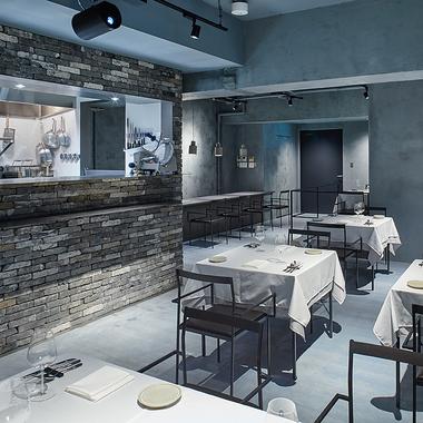 リストランテ シンティッラ ~中目黒レストラン~の施工後写真(1枚目)