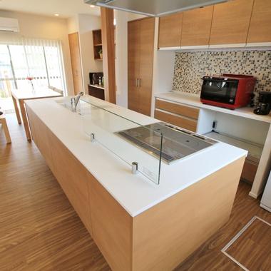 キッチン改装工事/キッチンが主役!毎日の料理が楽しくなるリフォーム♪の施工後写真(0枚目)
