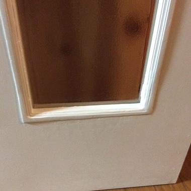 ワンちゃんがかじってしまった室内ドアのリペアの施工後写真(0枚目)