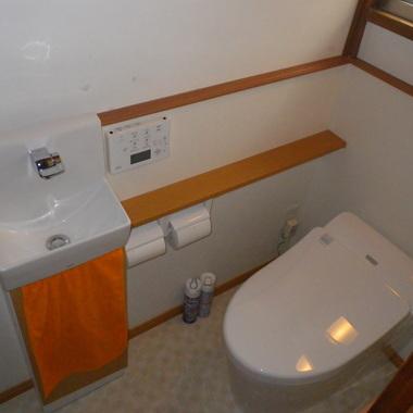 戸建て すっきりとしたトイレへリフォーム(埼玉県川口市)の施工後写真(1枚目)