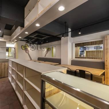 パスタ屋・イタリアン飲食店の内装工事の施工後写真(2枚目)