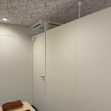 整体院内装パーテーション設置工事の施工後写真(0枚目)
