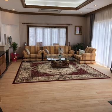 カーペットを最高の素材、奈良桧無節特上床材で張り替え工事の施工後写真(3枚目)