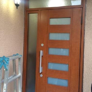 ドア取付施工の施工後写真(0枚目)