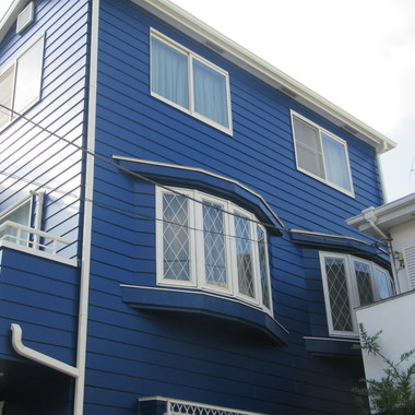 青色の家の外壁屋根塗装 施工後