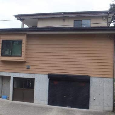 木造外壁塗装 完了 ガレージ付近