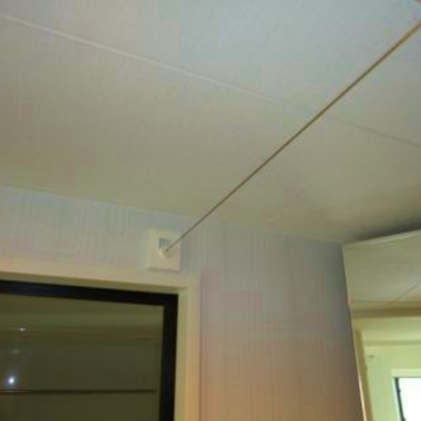 洗面室 物干し用ワイヤー取付工事 完了