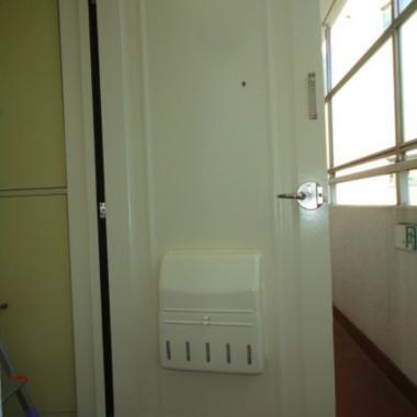 | 玄関ドア塗装工事 完了