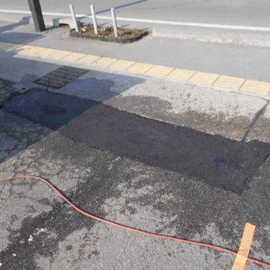 | 駐車場アスファルト補修工事 完了