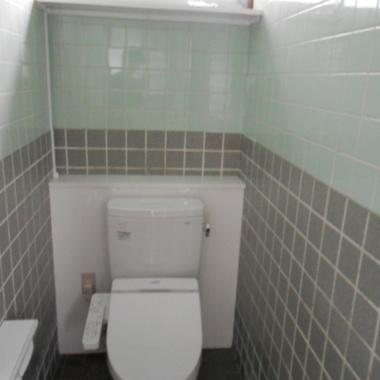 | トイレタイル破損補修工事 完了