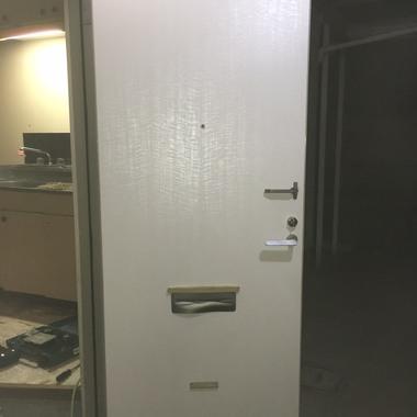 | 玄関ドア シート貼り 完了 内側