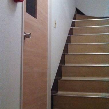 | 入口ドア シート貼り 完了