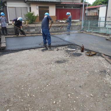 | 駐車場アスファルト全面舗装工事 途中4