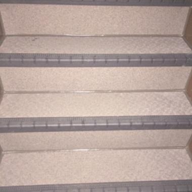 外階段リフォーム完了 階段 アップ画像