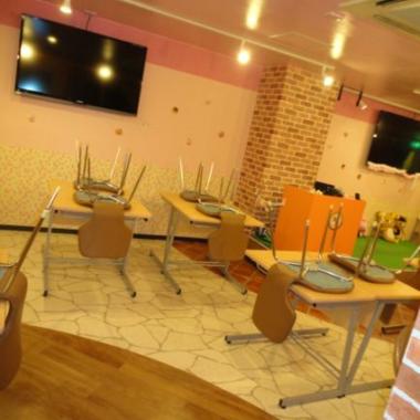 | メイドカフェ改装工事 完了1