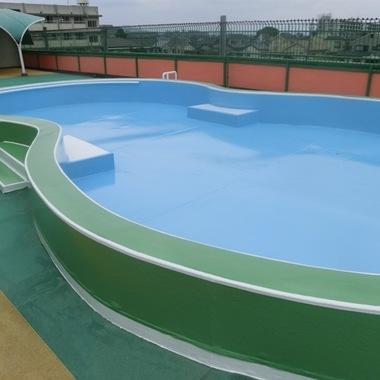 | 幼稚園屋上プール塗り替え完了