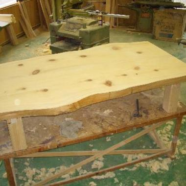 檜板テーブル製作完成後1