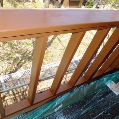 山小屋 欄干塗装後