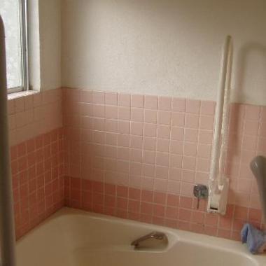 浴槽手摺 取付け後1