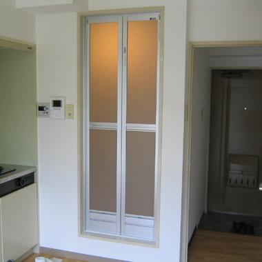 | 浴室扉の交換完了