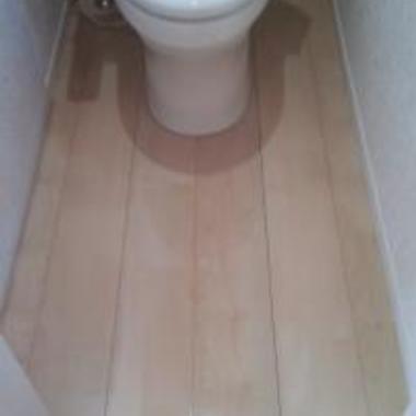 トイレ UVフロアコーティング