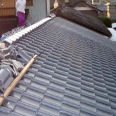 瓦屋根の工事