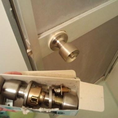 浴室錠の開錠及び交換