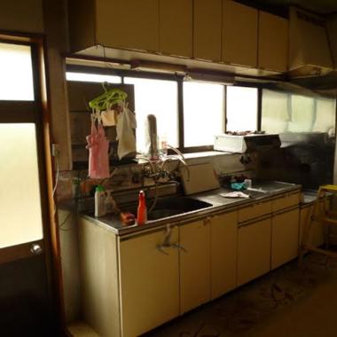 システムキッチン施工前 全体図