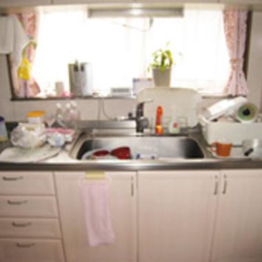 キッチンリフォーム前 キッチン正面