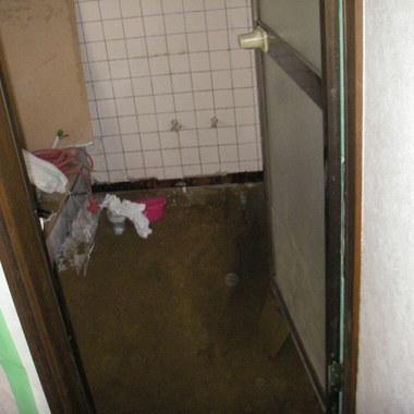 浴室入口 施工前
