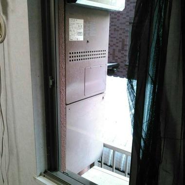 給湯暖房熱源機交換工事 施工前