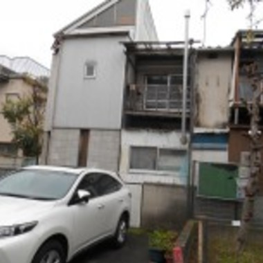 和泉市✕外壁修理・塗装工事✕綺麗な仕上がりの工事の施工前写真(0枚目)