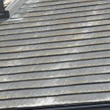 屋根外壁塗装 施工前 屋根アップ