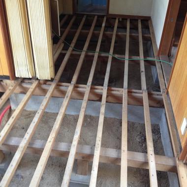 床張替え前 別の部屋