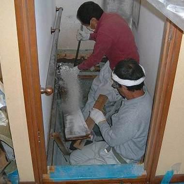 トイレ解体中2