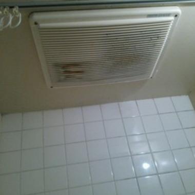 浴室暖房乾燥機の取り替え前