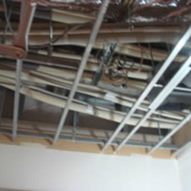 天井解体復旧工事前