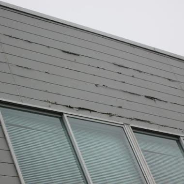 外壁サイディング張替え 窓付近 前