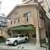 バルコニ-屋根と木造の屋根組にポリカの平板葺き工事 前 正面