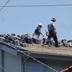 屋根葺き替え工事 作業中