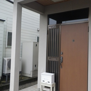 富山市 増改築工事前 玄関