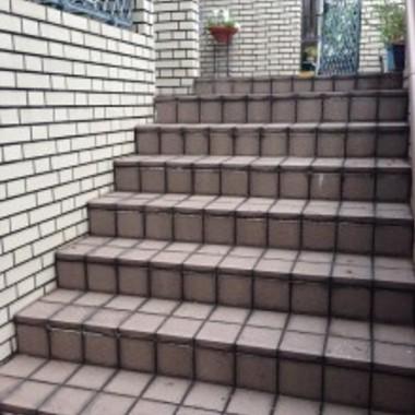 タイル張替え前 階段