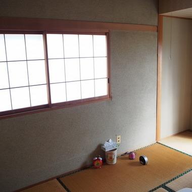 和室・リビング・キッチンを広くし、冬は日の光が差し込む、暖かくて明るい空間になりました。の施工前写真(4枚目)