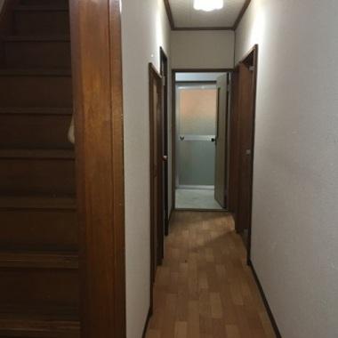 施工前の廊下