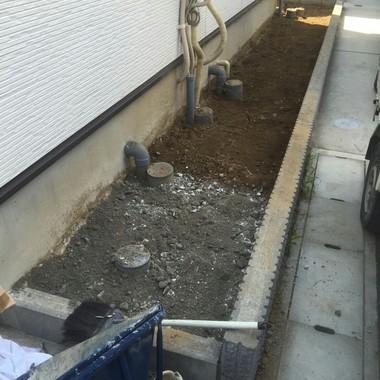 デットスペースを【駐輪場】として有効活用の施工前写真(1枚目)