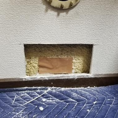 ☆破損した壁もあっという間にキレイに元通り!気持ちもすっきり☆の施工前写真(1枚目)